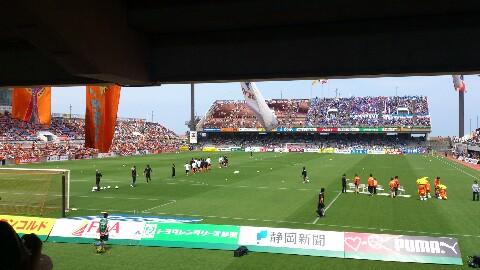 横浜F・マリノス戦、試合前、快晴。